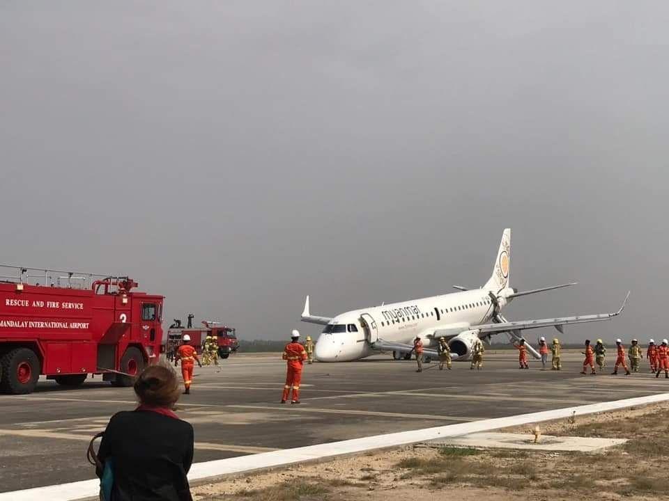 缅甸国家航空一架客机起落架无法放出 机头触地 图片来源:Déjà Vu