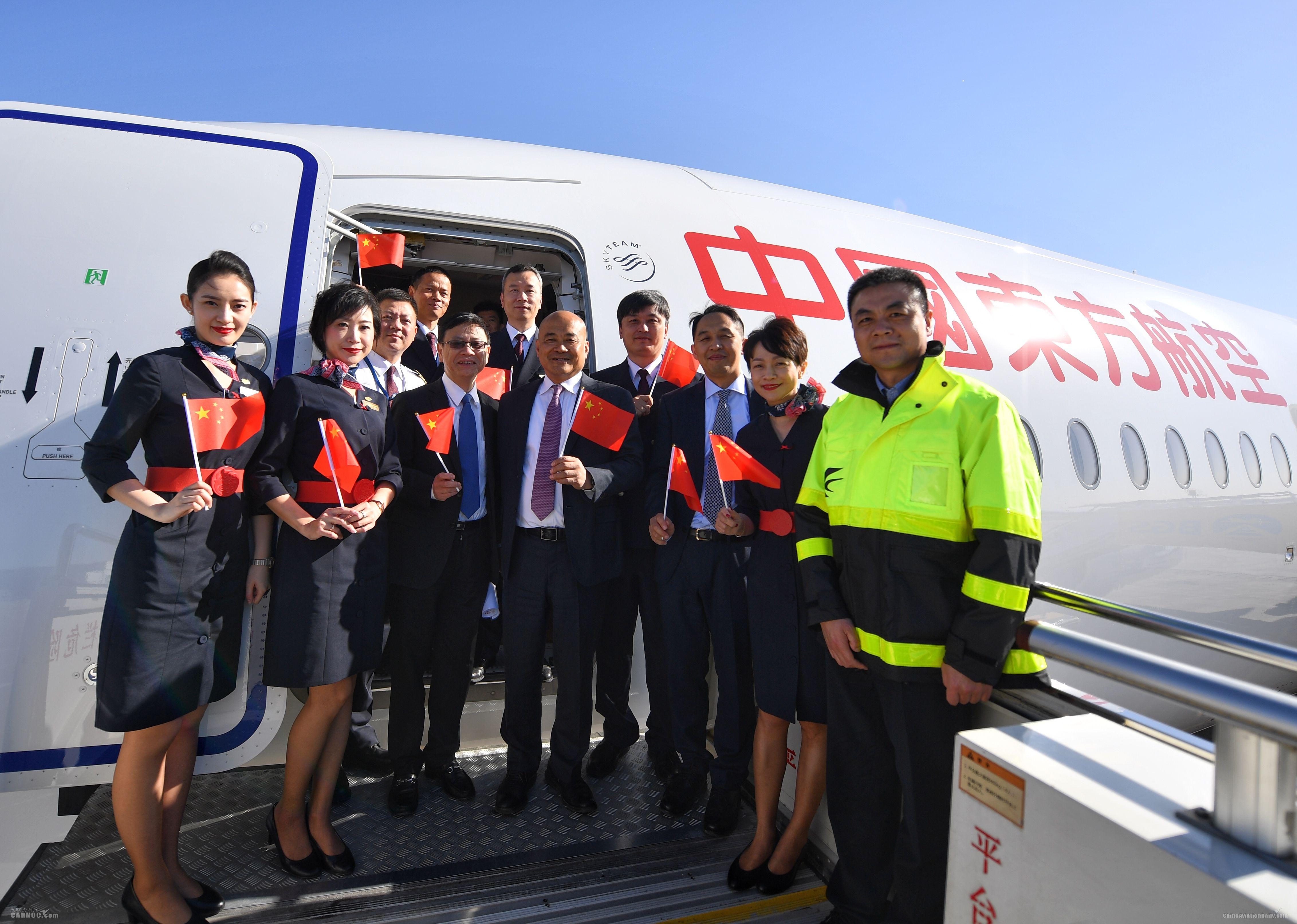 东航大兴试飞:为何是A350?为何是这四位机组?东航供图