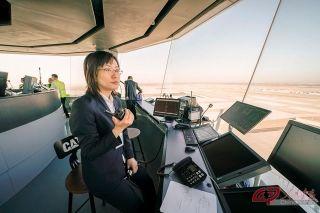 为保障试飞工作顺利进行,华北空管局首次启用了在建西塔台。摄影 万全/人民画报
