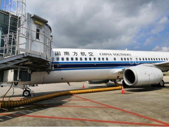 蓝天保卫 南航在南宁机场全面启用桥载设备