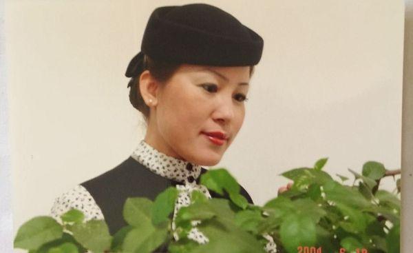 """东航西北""""空嫂""""乘务长王爱东飞行23载告别蓝天"""