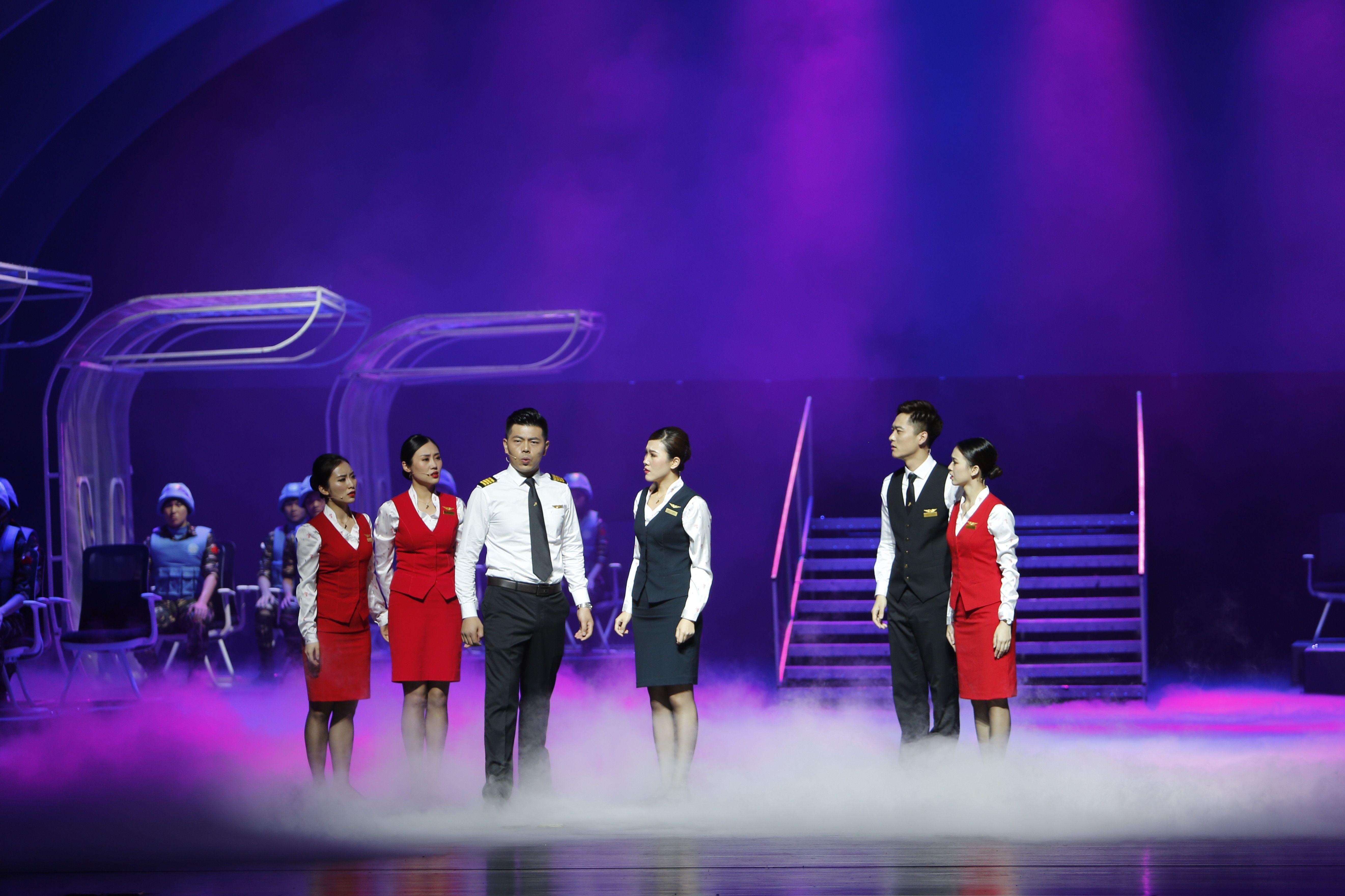 深圳航空原创大型音乐剧《爱在蓝天》正式公演 摄影:郑毅