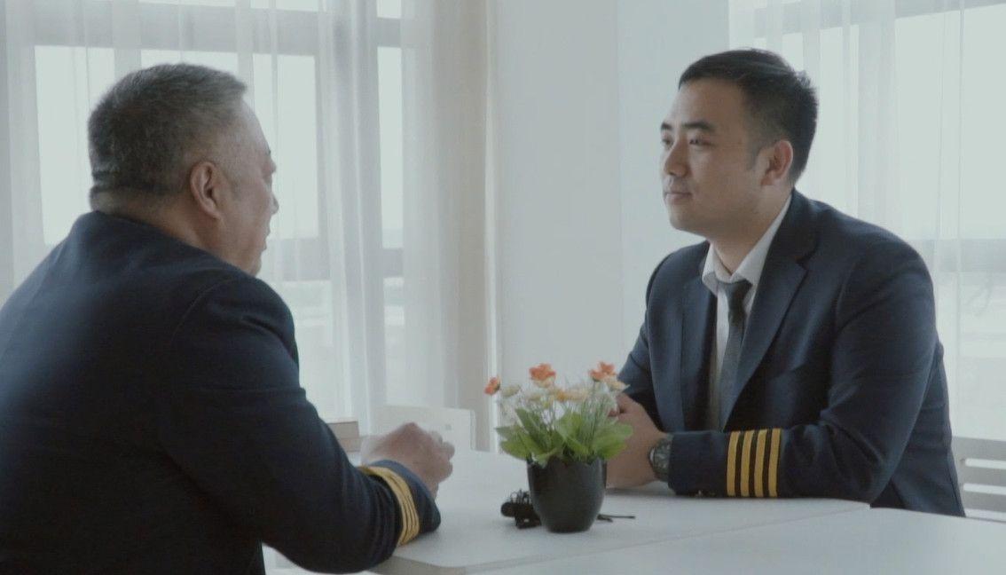 春秋航空父子机长:最日常的训练,最简单的问候