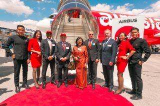 亚航首架A330neo在巴黎航展揭幕  开启未来新篇章