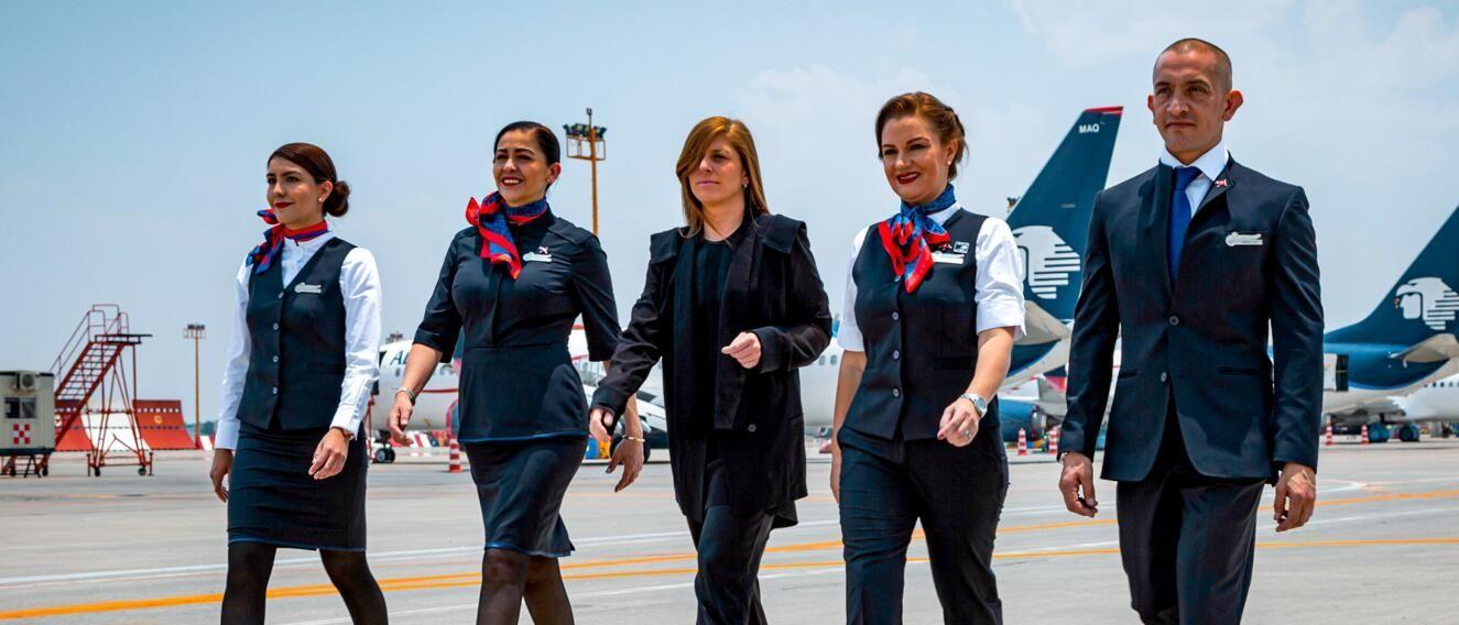 墨西哥航空發布機組成員新制服 空姐不再戴帽子