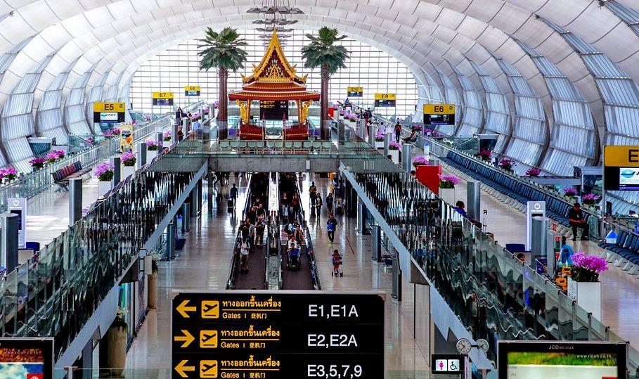 泰国税务厅将严格检查机场行李 防止违禁品入境