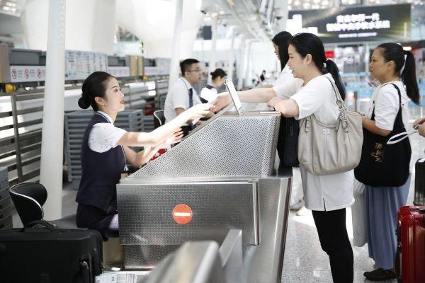深航2019暑运首周保障深圳地区旅客10万人次