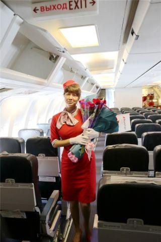 皇家航空空乘          摄影:范文泽