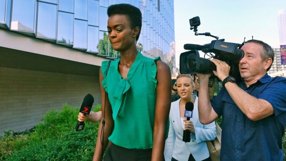 澳大利亚女模喝醉后殴打空乘人员 在美获判3年缓刑