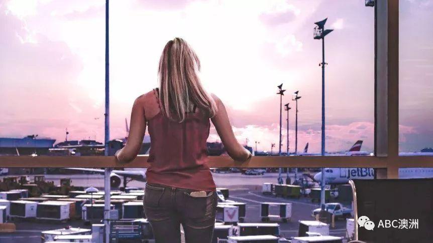 旅游博主和机场协会教你 如何把长途飞行变得有趣