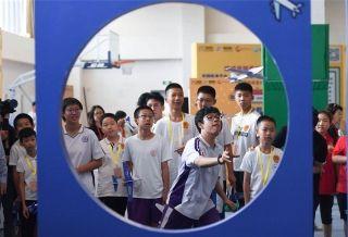 """创新与创意齐飞 波音助力""""京津冀-粤港澳""""少年创想未来"""