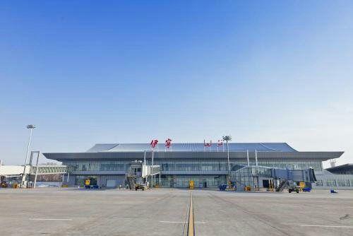 伊宁机场货邮吞吐量稳步提升