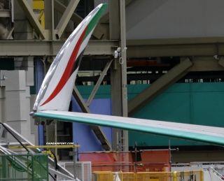 阿联酋国旗元素首现阿联酋航空波音777X 图片来源:波音