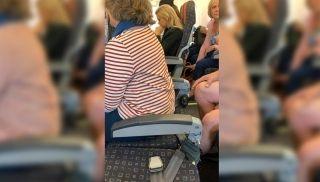 易捷航空航班上惊现无靠背座椅 还要网友删照片