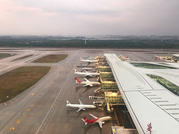 利奇马 华东肆虐 湖北空管全力保障航班备降天河