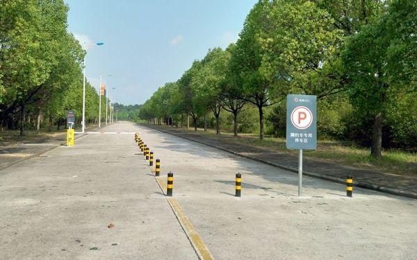 """网约车在黄山机场运营将""""划区停放,设栏接单"""""""