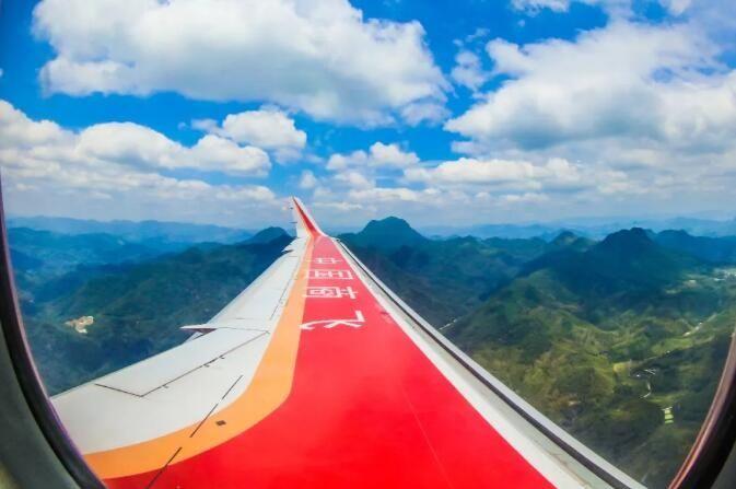 ARJ21新增105架订单 三大航分别引进35架