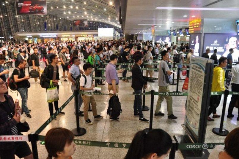 成都机场迎中秋客流小高峰,飞客最好起飞前3小时抵达机场