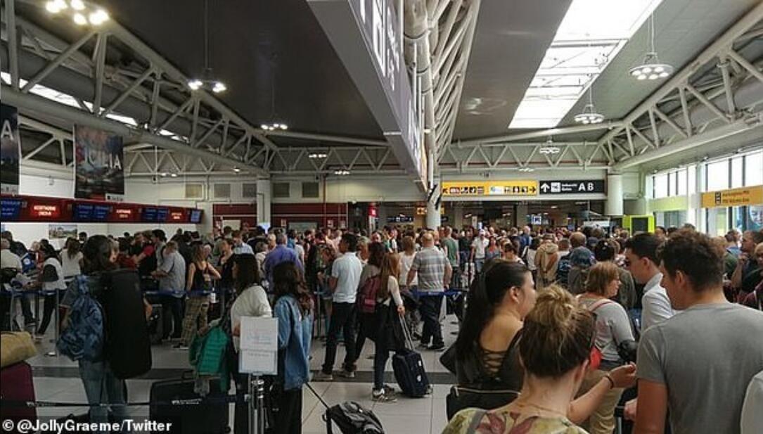 系统故障导致航班延误,瑞安航空致歉