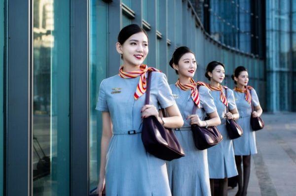 乌鲁木齐航空中秋节运送旅客2万人次