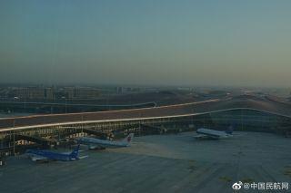 25日开航!塔台最佳视角带您近距离欣赏大兴机场首航飞机