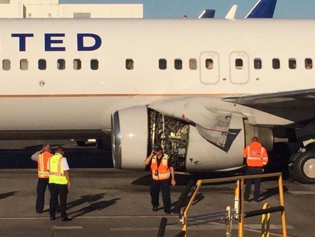 美联航客机起飞后引擎出故障 紧急返航无人受伤