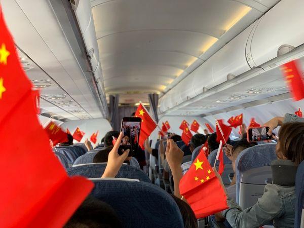 国航浙江:在万米高空共贺祖国70周年华诞!
