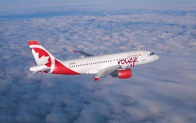 航班起飞后舱内臭气熏天 机长受不了戴上氧气面罩紧急返航