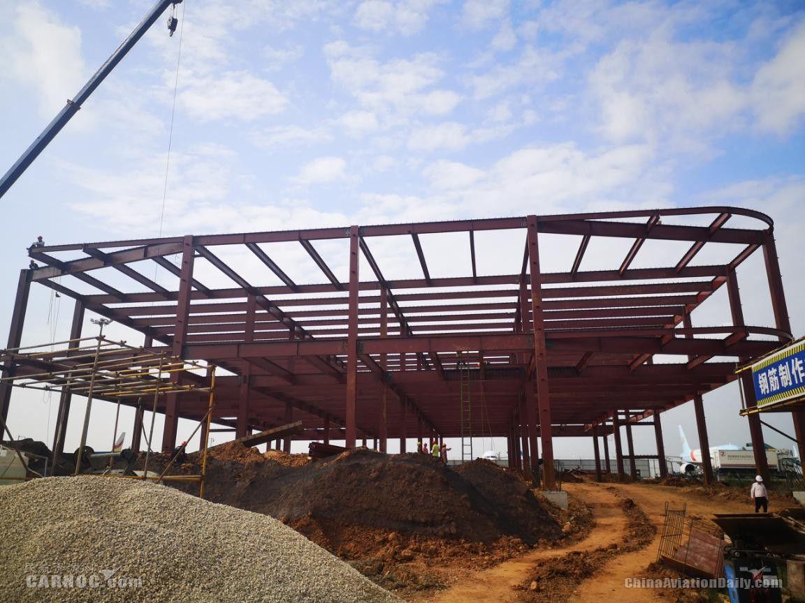 绵阳机场货运综合楼建设项目主体框架完工