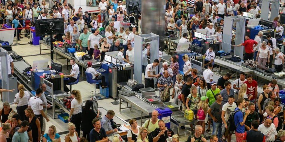 英国这家机场的安检等待时间最长