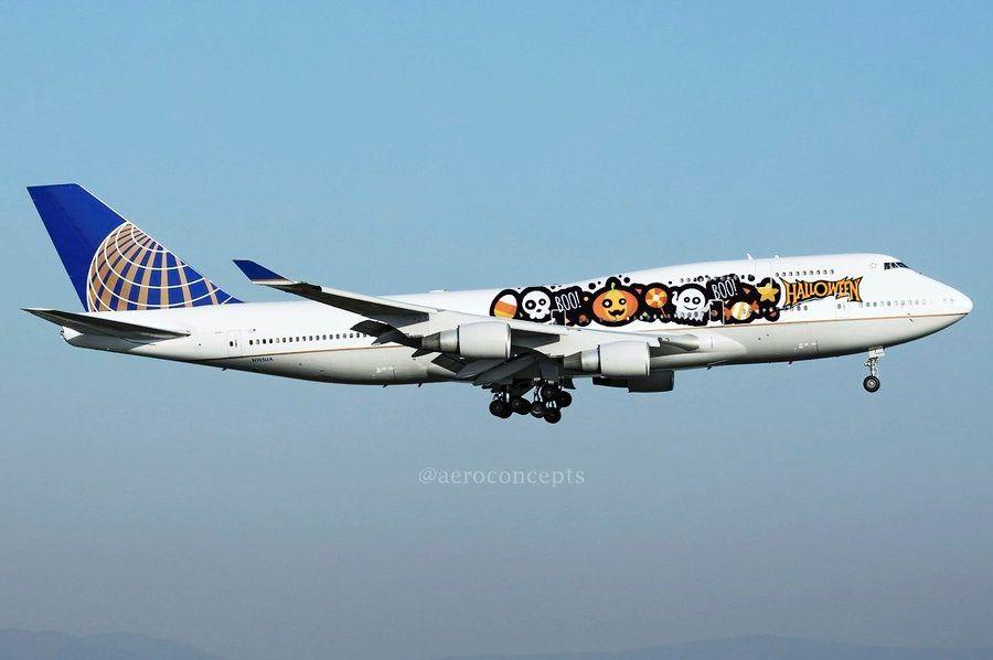 美联航波音747-400万圣节特别涂装