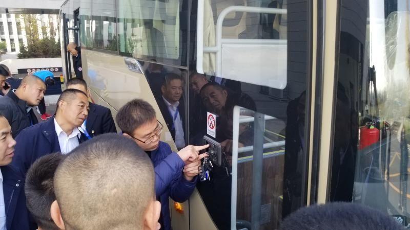 打赢蓝天保卫战 东航北京开展新能源车辆安全操作培训