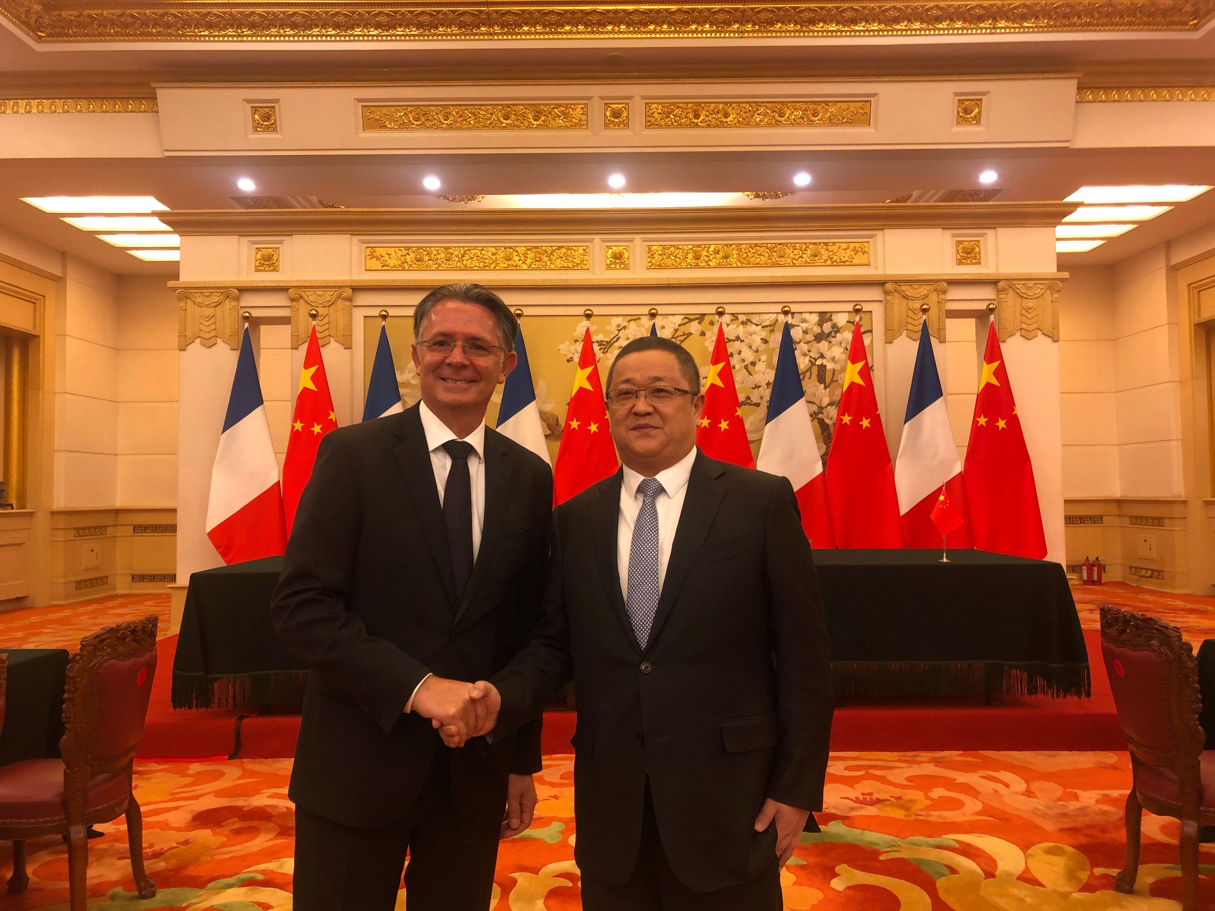 CFM于法国政府代表团访华期间达成10亿美元协议