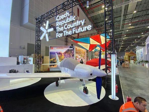 全球速度最快的超轻型飞机将在中国生产