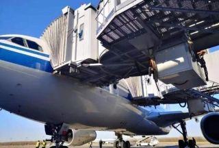 長春機場首次實現雙頭廊橋對接E類航空器