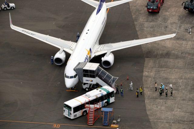 日本天马航空一客机因引擎故障紧急降落福冈机场