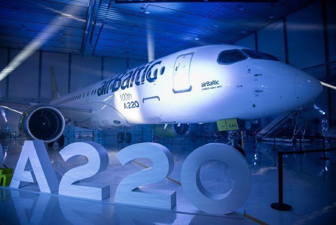 空客为第100架A220举行下线庆祝仪式