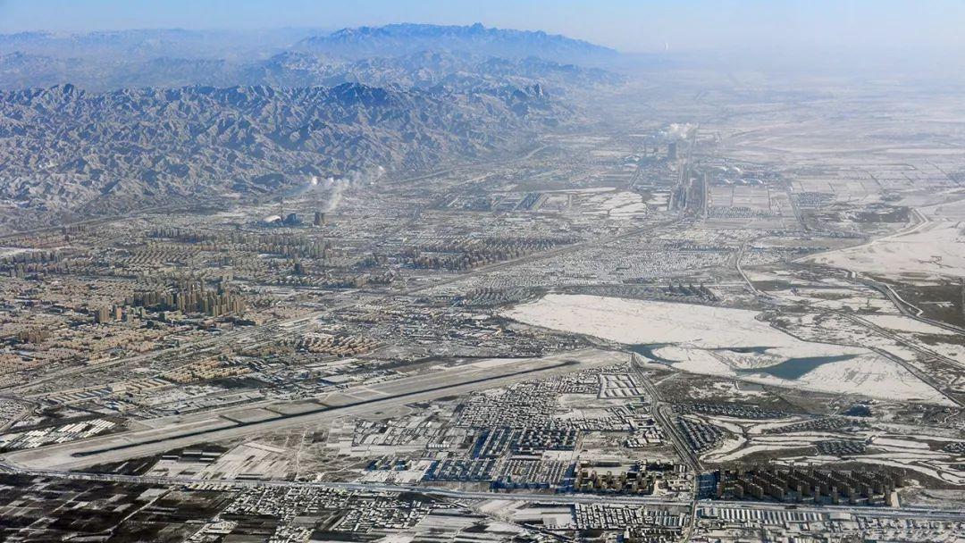 机场、南湖和大青山