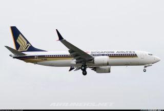 首架喷涂新加坡航空涂装的737-8 MAX亮相