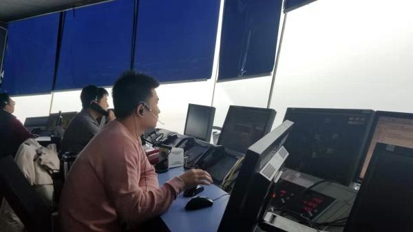 春运首日,西北空管局空管中心保障载有突发疾病旅客航班优先落地