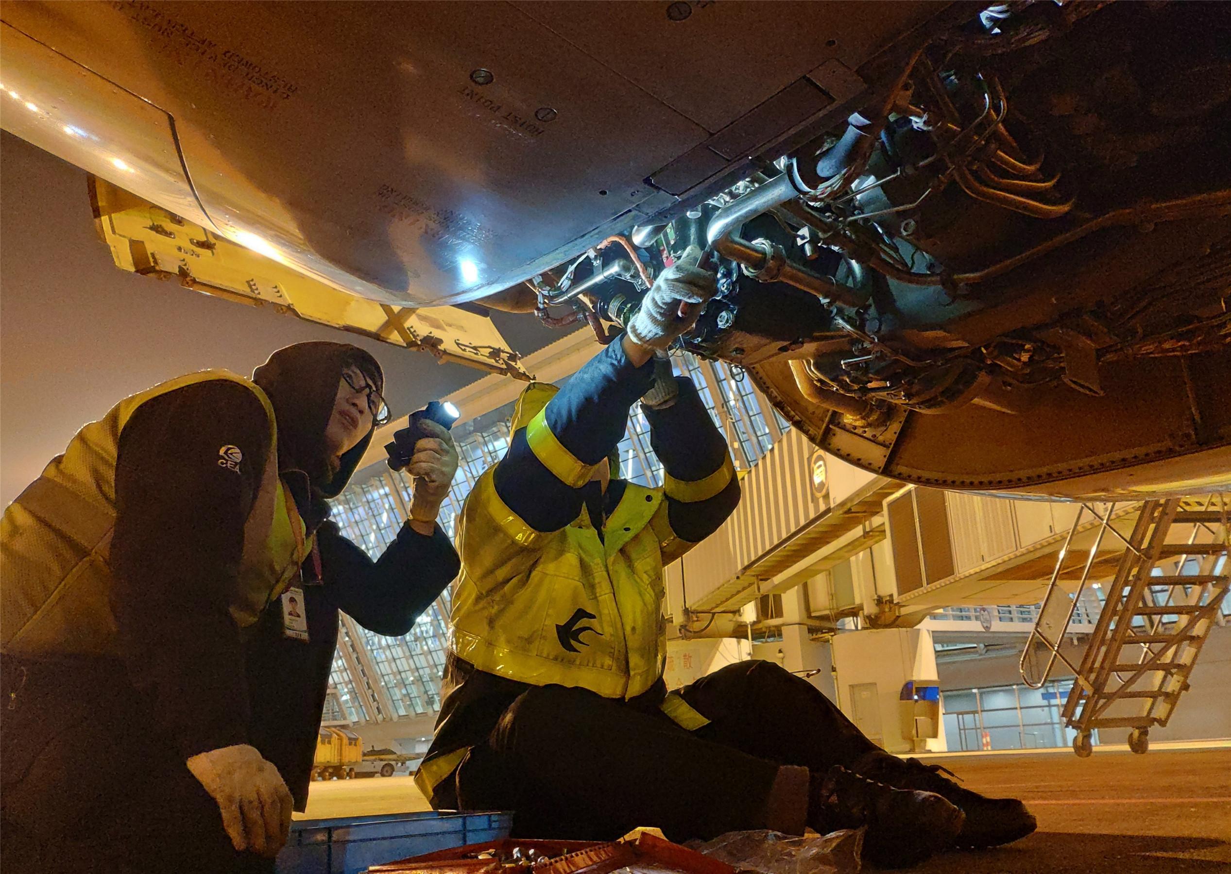 东航技术浦东维修基地保障东航上海—珀斯季节性直飞首航