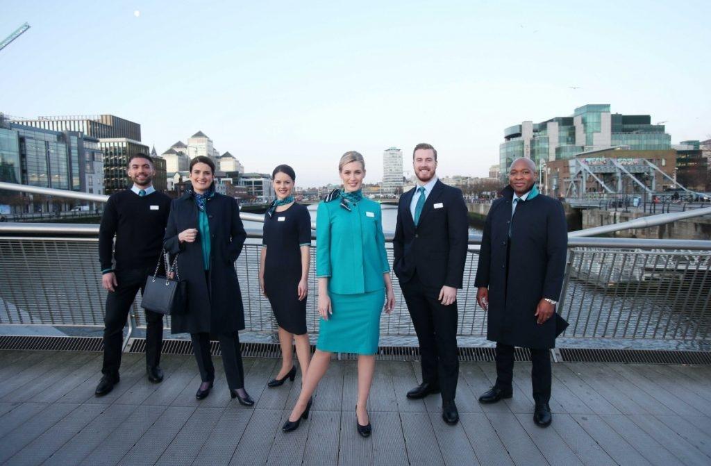 爱尔兰航空发布新一代制服 女员工可以选择穿裤子