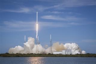 SpaceX故意炸掉3.4亿元火箭 马斯克称:太棒了