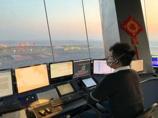 天津空管全力保障天津第五批馳援武漢醫療隊航班準時起飛