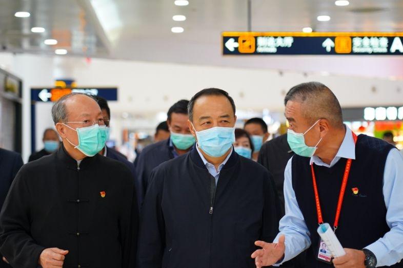 海南省副省长赴美兰机场、 海南航空调研抗击疫情、复工复产情况