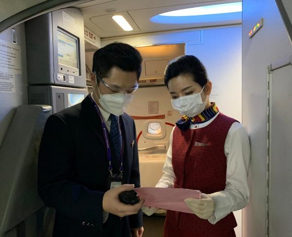 """国航重庆""""重庆-台州-成都""""航线新开背后的故事"""