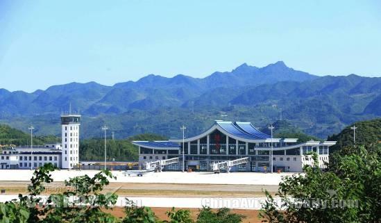甘肃陇南机场正式通航运营两周年