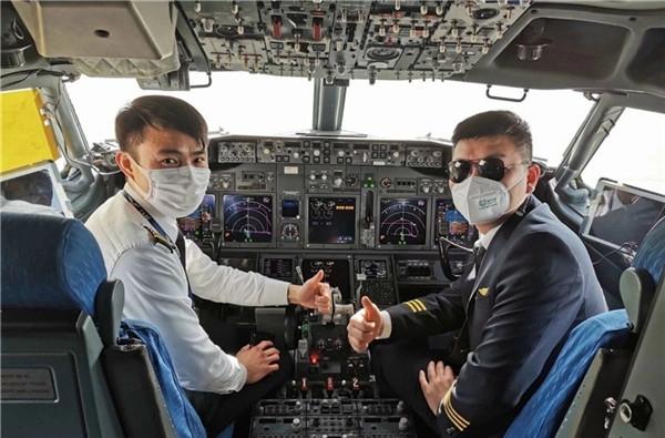 昆航刘艺:抗疫战线中的湖北咸宁机长
