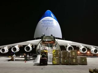 國際防疫物資運輸保障全面升級 天津機場再迎全球最大運輸飛機AN225