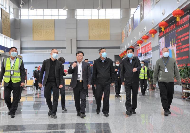 民航西北地区管理局局长王长益调研张掖机场